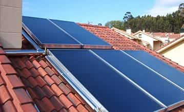 Flat plate solar collectors used for water heating
